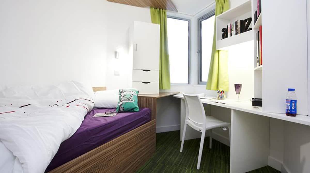 Aldgate Residence Accommodation - Bedroom