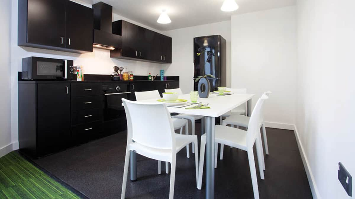Aldgate Residence Accommodation - Common Kitchen