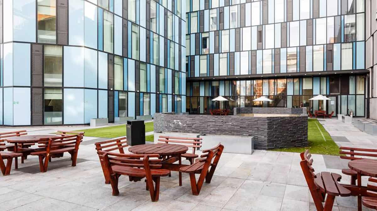 Pentonville Residence Accommodation - Outdoor Area