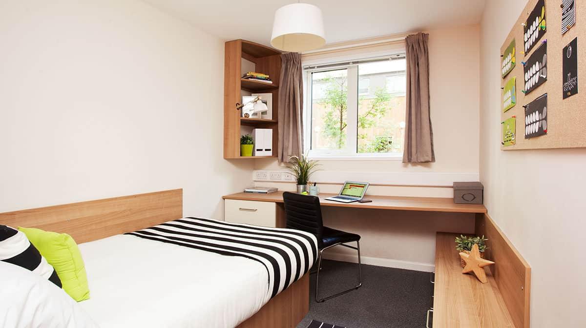 Tottenham residence bedroom