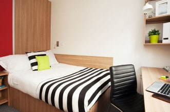 Tottenham Residence Accommodation - Bedroom