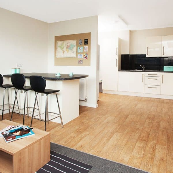 Tottenham Residence Accommodation - Kitchen and Dining Area
