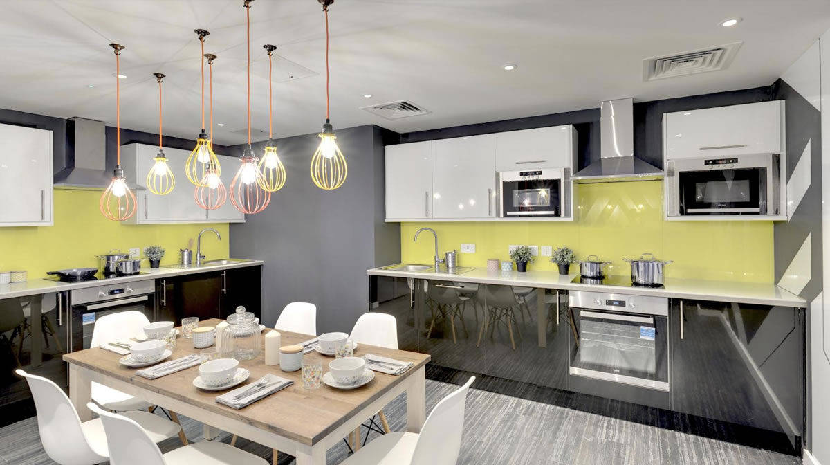 Regent's Canal Residence Accommodation - Kitchen & Dining Area