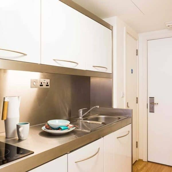 Portobello Residence Accommodation - Bronze Studio
