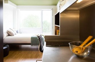 Portobello Residence Accommodation - Silver Studio