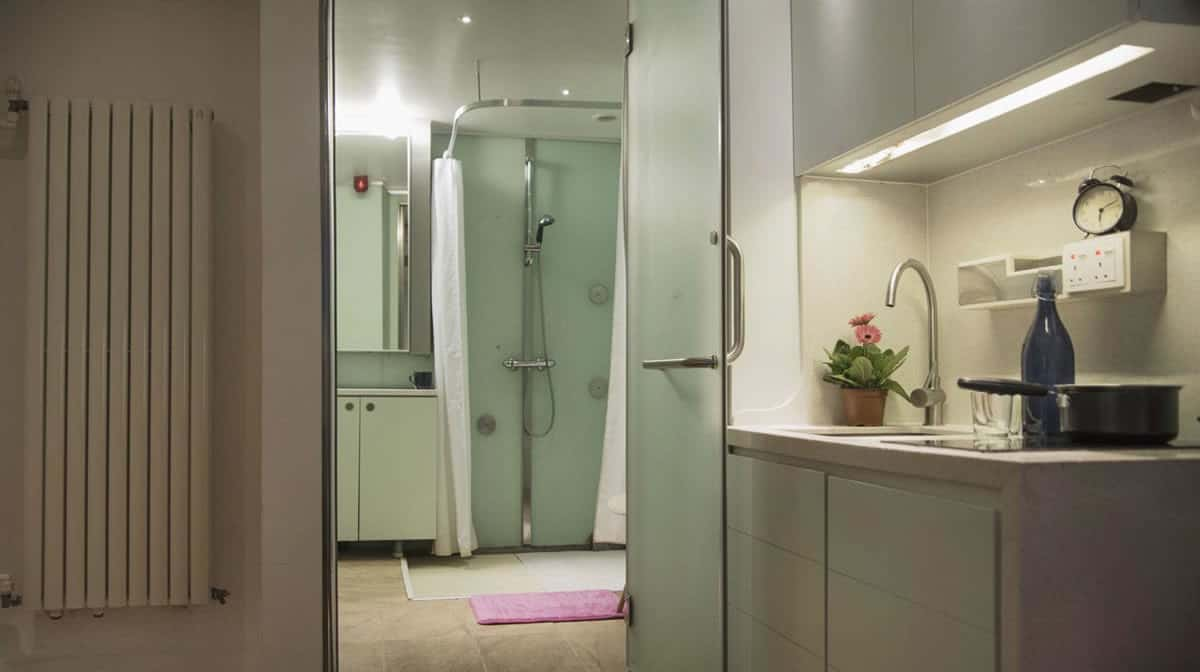 Camden Residence Accommodation - Studio Bathroom