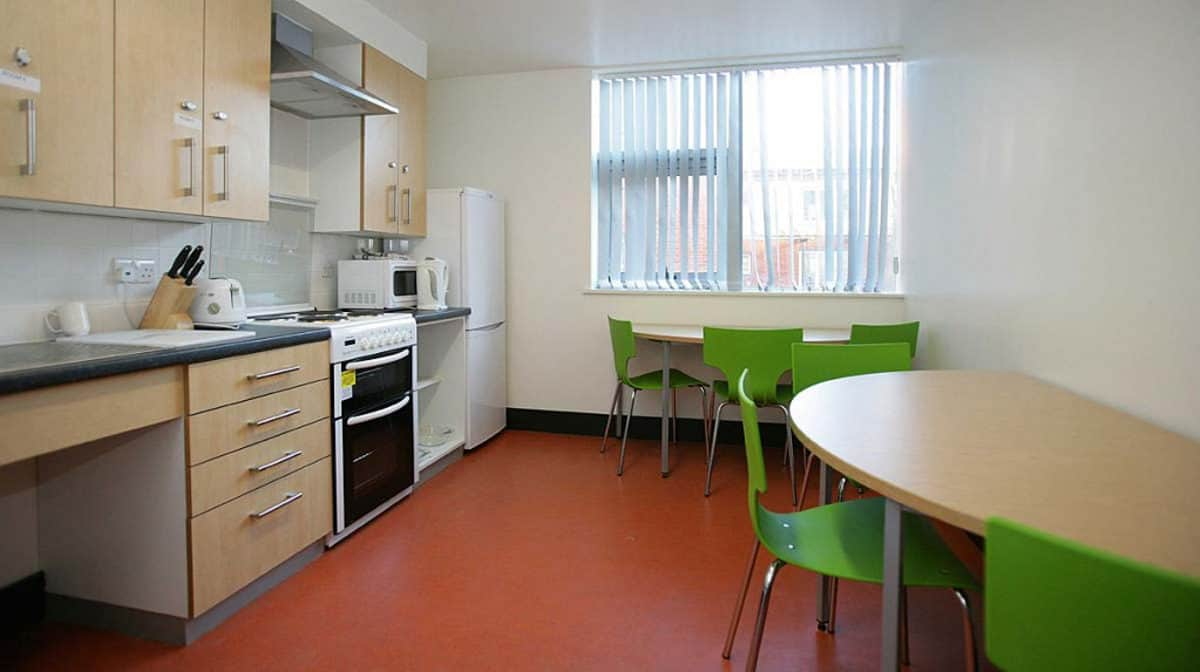 Westferry Residence Accommodation - Kitchen
