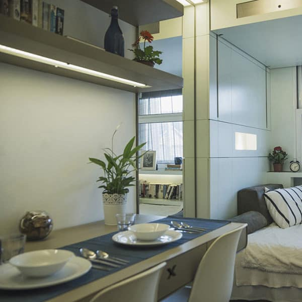Camden Residence Accommodation - Premium Studio Dining Area