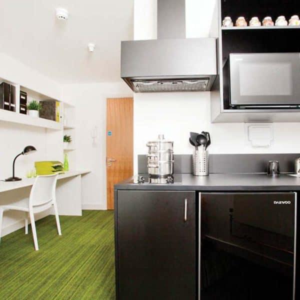 Aldgate Residence Accommodation - Kitchen