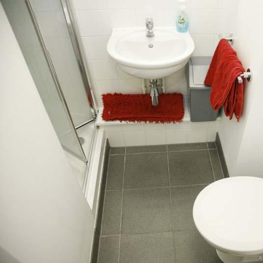 Aldgate Residence Accommodation - Bathroom