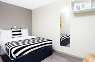Wembley Residence Accommodation - Bedroom