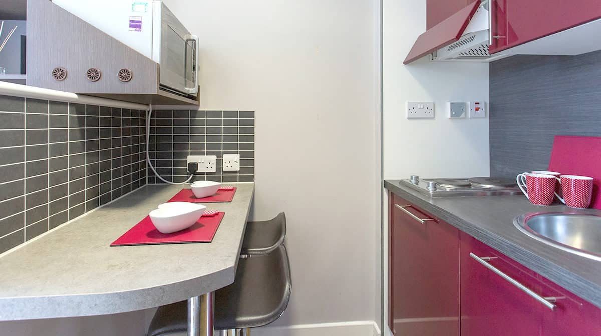 Camden Lock Residence Accommodation - Luxe Studio Kitchen