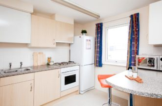 Glasgow Residence Accommodation - Premium Range 1 Studio Kitchen