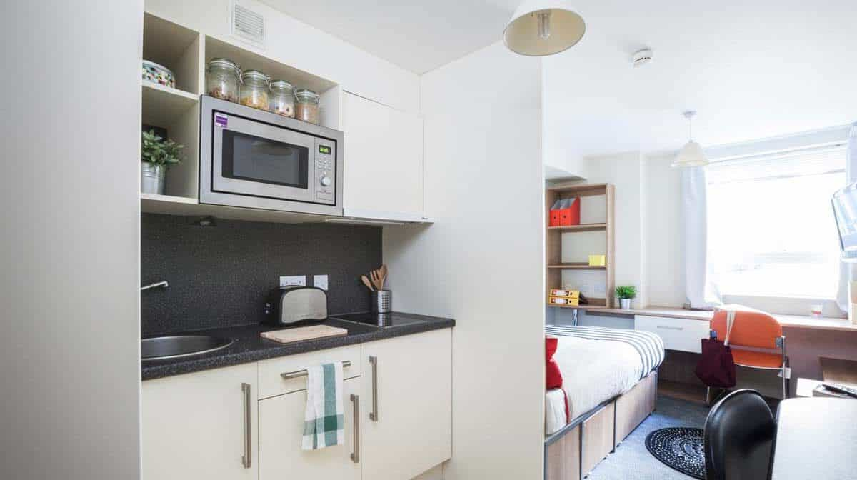 King's Cross Residence Accommodation - Kitchen