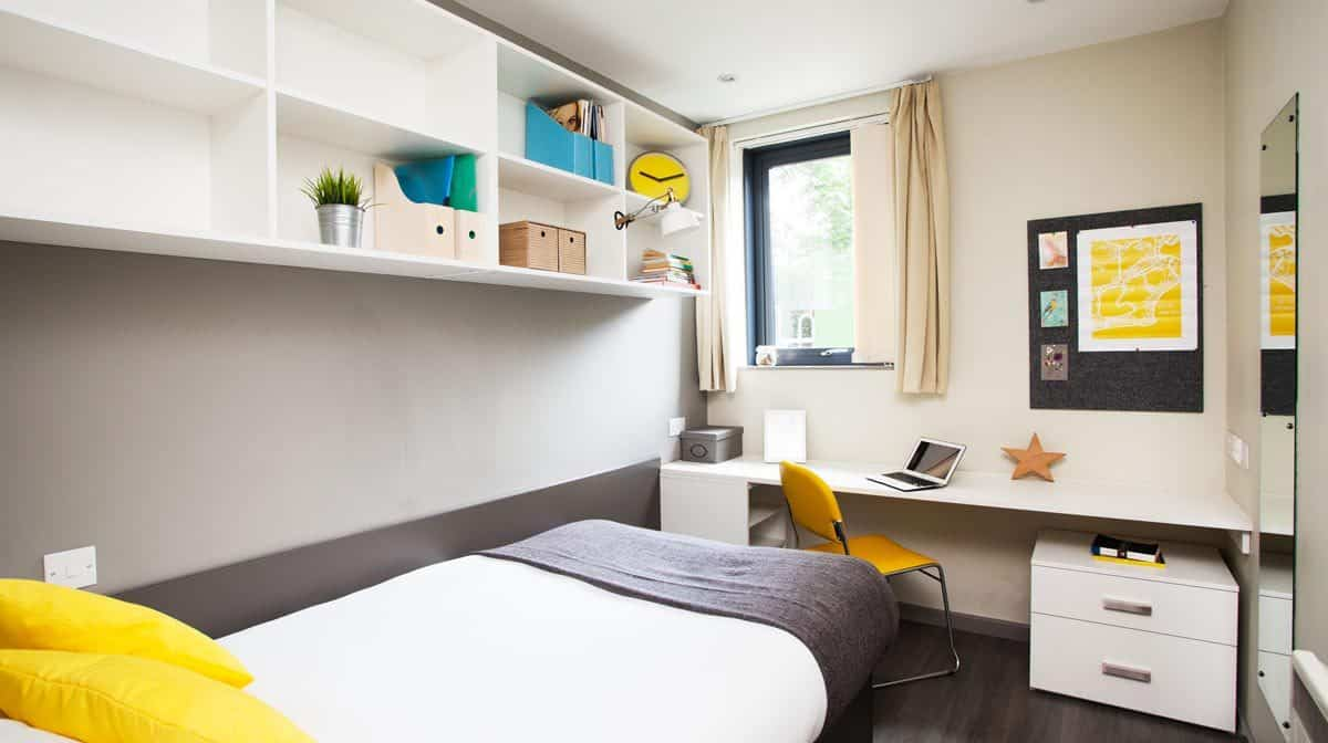 Manchester Piccadilly Point Residence Accommodation - En-Suite Bedroom