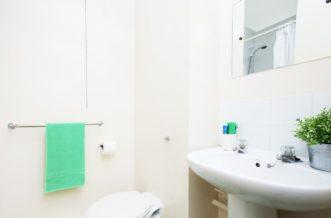 Sheffield Leadmill Point Residence Accommodation - Bathroom