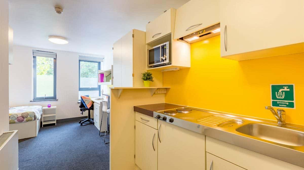 Fulham Residence Accommodation - Studio Kitchen