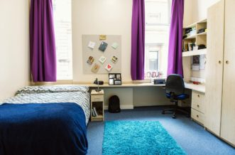 Glasgow Argyle Street Residence Accommodation - Deluxe En Suite