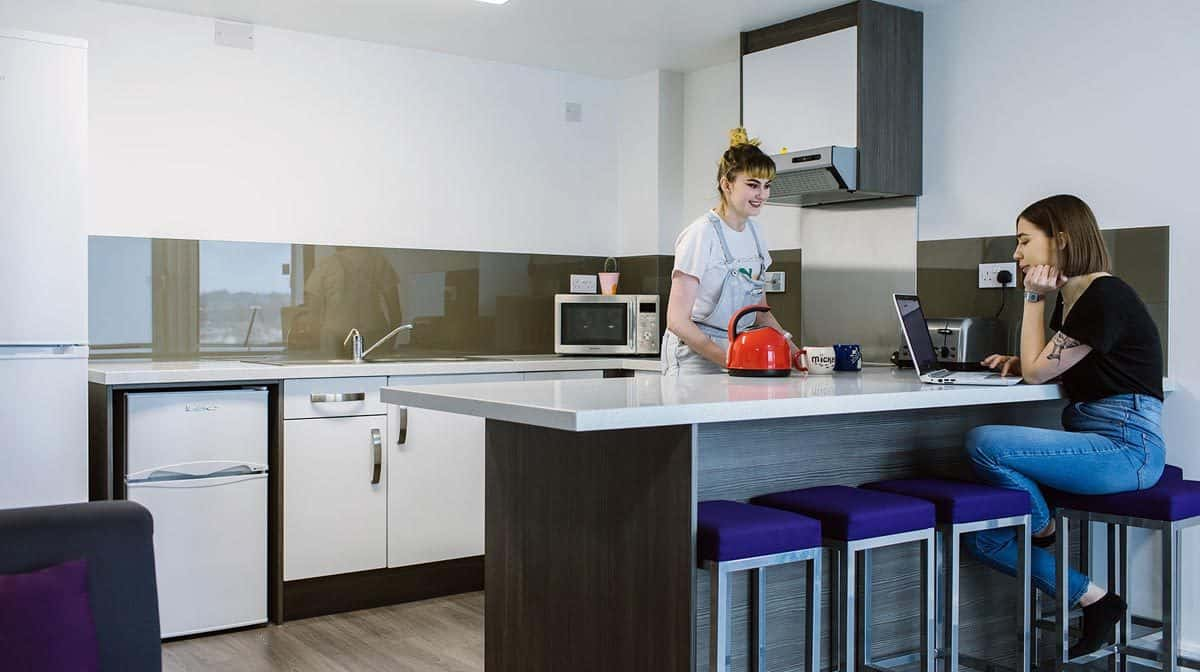 Leeds City Centre Residence Accommodation - Kitchen