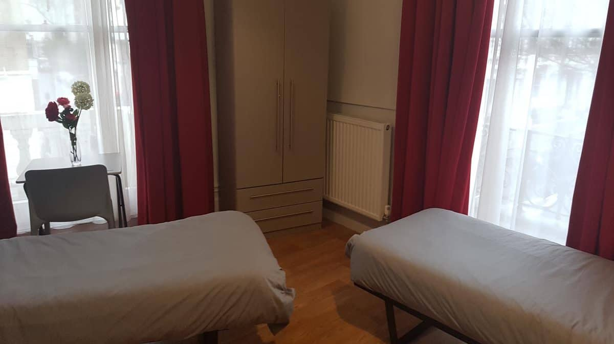 Gloucester Road Residence Accommodation - Twin Room