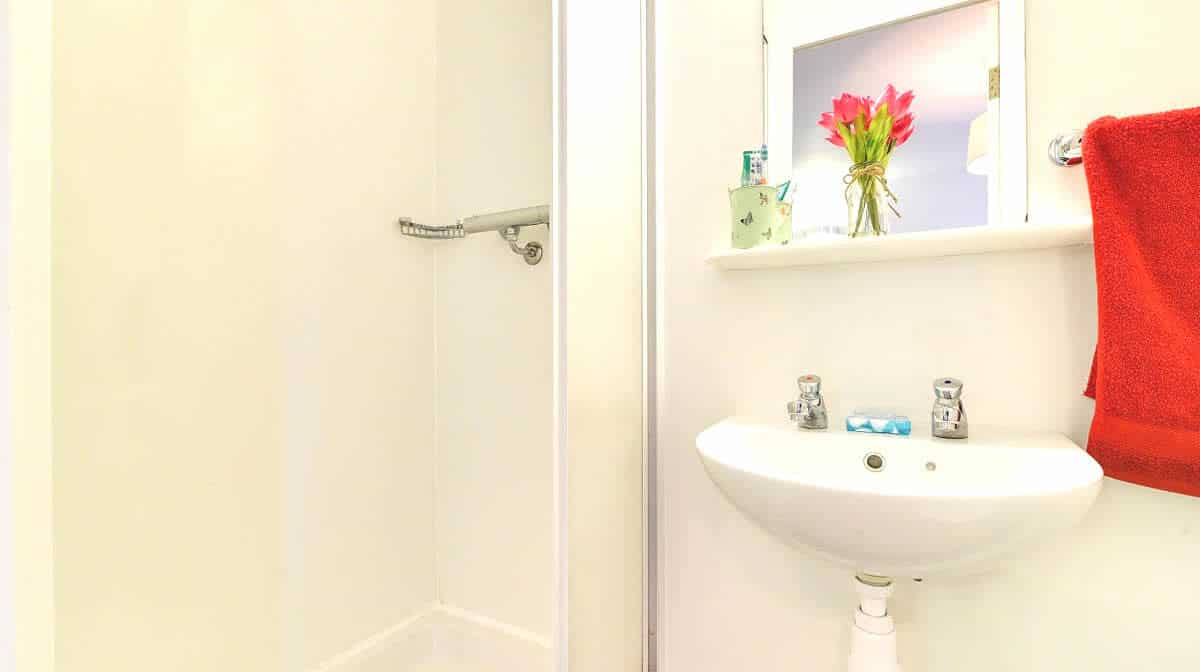 Archway Residence Accommodation - Bathroom
