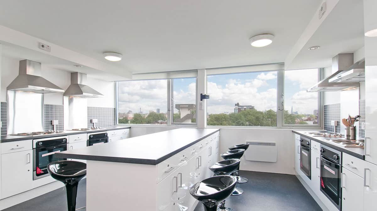 Chelsea Residence Accommodation - Kitchen