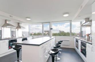 Chelsea Residence Accommodation - Kitchen