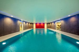 Vauxhall Residence Accommodation - Swimming Pool