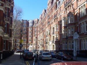800px-Kensington_Buildings