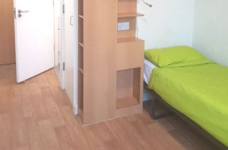 Southwark residence accommodation - Twin En Suite Bedroom