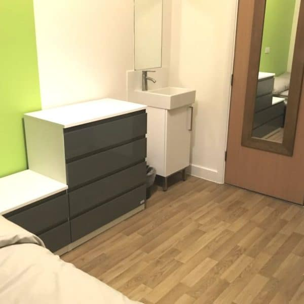 Notting Hill residence accommodation - Single Premium Bedroom