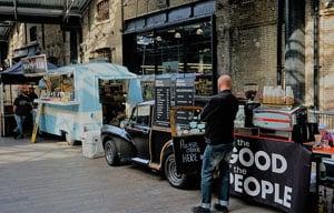 800px-London,_Canopy_Market_King's_Cross_(104)
